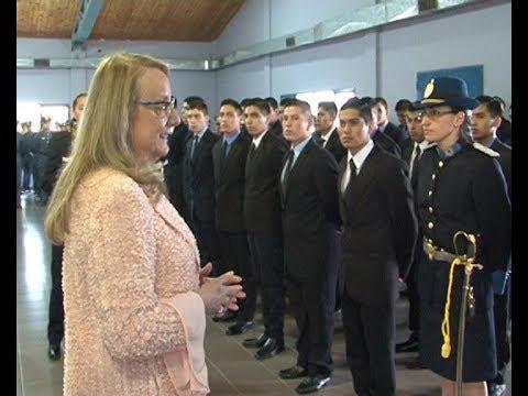 Alicia dio inicio al ciclo lectivo de la Escuela de Cadetes de la Policía