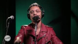 "José James performing ""Closer"" Live on KCRW"