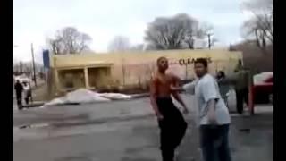 Crazy fight on Detroit's 8 Mile
