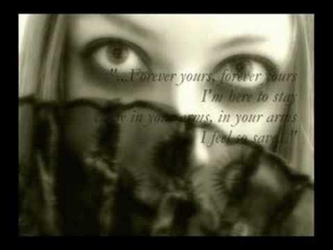 Forever Yours de Xandria Letra y Video