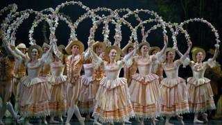 SLEEPING BEAUTY WALTZ    TCHAIKOVSKY