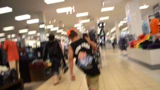 RANDOM VIDEO AT THE MALL WITH DANIEL LOPEZ AND ALEX MARQUEZ