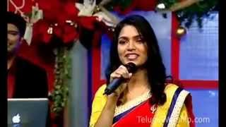 Aha Anandhame Maha Santhoshame Yesu Putte ilalo || Sharon Sisters || Telugu Christian Songs 2014 ||