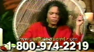 2000 - TV Psychic Miss Cleo Offers Free Tarot Reading