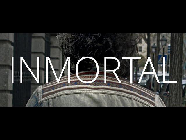 """Videoclip oficial de """"Inmortal"""", single presentación de ZIRCONITA  Producido y mezclado por Manuel Cabezalí. Grabado y masterizado por Dany Richter en """"El lado Izquierdo"""". Un vídeo de Alberto Morago Muñoz."""