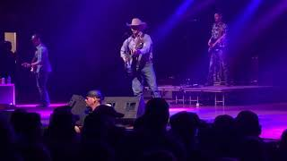 Me and My Kind - Cody Johnson LIVE 1/27/18 Springfield, MO