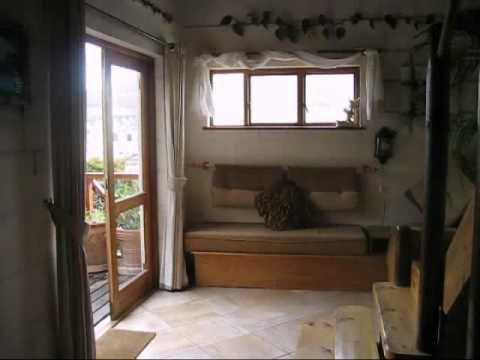 Titanya's self catering cottage.avi