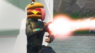 Passing through the FOOD FIGHT wall troll   Fortnite