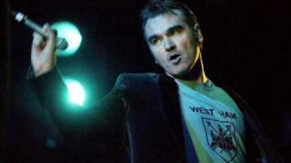 Morrissey Cover The Sun Always Shines On Tv