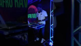 DJ FABIO LIMA ANGOLA A TOCAR NO SHOW DO AFRO RAVE 1