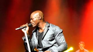 SEAL - Here I Am (Come And Take Me) - Beacon Theatre NYC 7-18-12