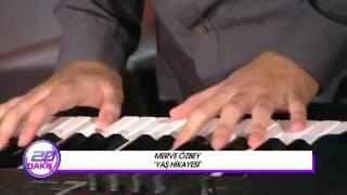 Merve Özbey - Yaş Hikayesi (Canlı Performans Akustik)