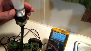 Use a Multimeter to Troubleshoot a Lamp