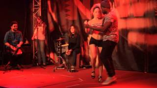 Nina Ysnel & Dywen dancing Kizomba with live musicians @ New Morning Paris!