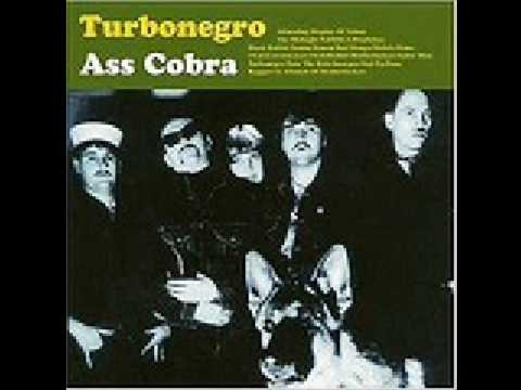A Dazzling Display Of Talent de Turbonegro Letra y Video