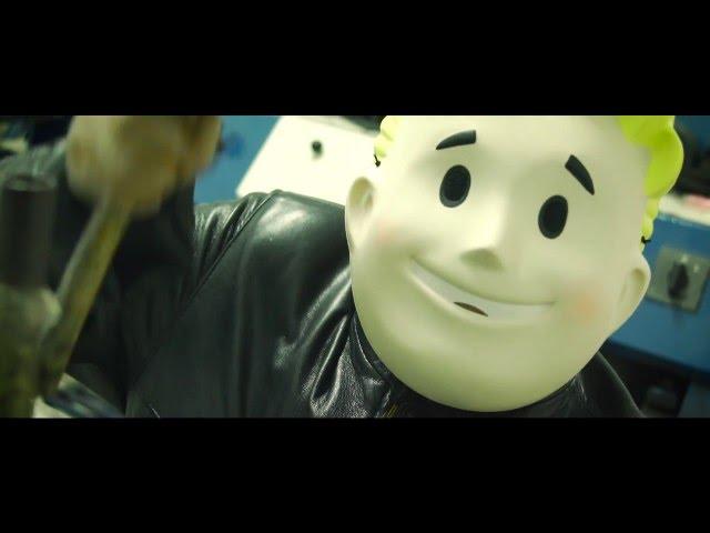Vídeo de la canción Los Pollos Hermanos de Los Chicos del Maiz