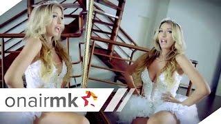 Adelina Tahiri ft. Elgit Doda - Mjaft (Official Video)