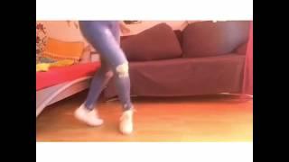 Rihanna- Umbrella (Remix) shuffle dance
