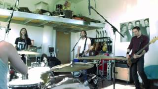 """ÆGES - Big Data """"Dangerous"""" and Nine Inch Nails """"Only"""" Live Cover Mashup - #SWEATBOX Session (AEGES)"""