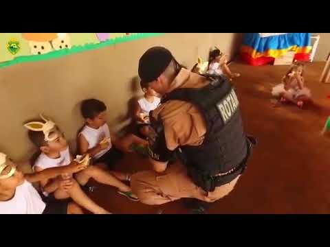 Ação social do 5º BPM em alusão a Páscoa para crianças de Londrina - Cidade Portal