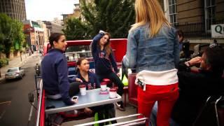 McKayla Maroney teaches Jenna Bush how to do the Dougie