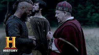 Vikings: Ragnar Speaks with King Ecbert's Men | History