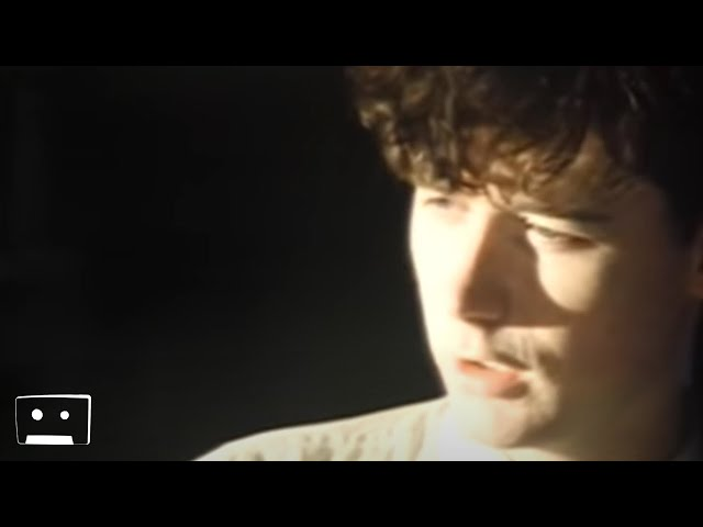 """Video oficial de """"April Skies"""" de The Jesus And Mary Chain"""