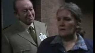 prisoner cell block h  len murphy vs freak 1