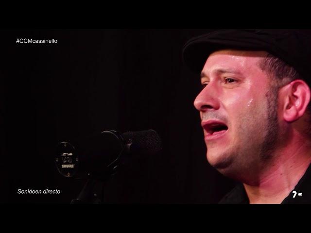 """Vídeo de Cassinello Trío interpretando su canción """"Daniela"""" en directo."""