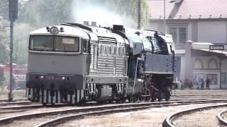 Odtah parní lokomotivy 477.043 z Kladna do Lužné 10.5.2014