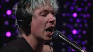 Pond - Paint Me Silver (Live on KEXP)