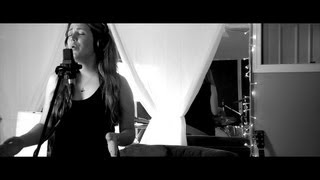 Fleetwood Mac / Simon and Garfunkel - 'songbird / bridge over troubled water' (Tasia Lund mash-up)