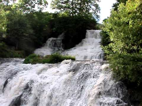 www.raftingukraine.info – Dzhuryn Waterfall