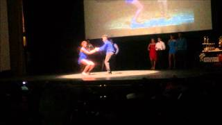 Next Step baile en pareja bailando merengue
