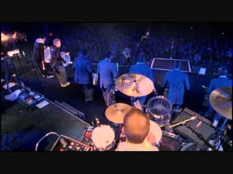 peter-fox-drum-sessionlive-in-berlinwmv-kevin-lubanski