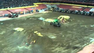 Grave Digger (freeystyle) Carrier Dome Syracuse,Ny
