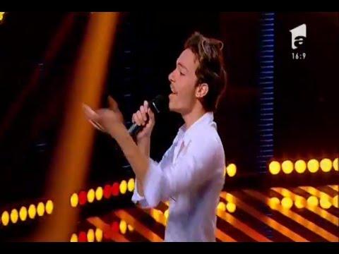 """Enrique Iglesias - """"Bailando"""". Vezi aici cum cântă Alexandru Spiridon la X Factor!"""
