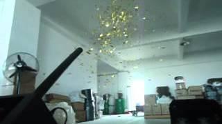 Confetti blower/confetti machine
