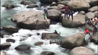 Child drowning in Ravi River Chamba Saved By Some People LIve Video