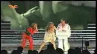 Gloria Trevi,Lucia Mendez y Daniela Romo cantando juntas en la gala de mujeres asesinas 2...