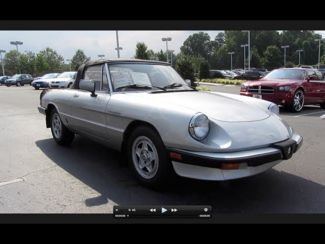 1984 Alfa Romeo Spider Veloce 2.0 5-spd Start Up, Exhaust, and In Depth Tour