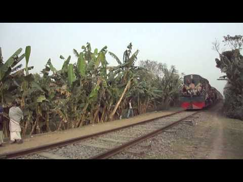 Bangladesh Railway Nakshikantha Mail/Exp Train Video .MP4
