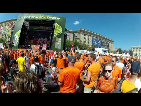 2012-06-13, Euro Footbal Cup 2012, Kharkiv, Ukraine, fan zone, Holland, Germany