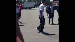 School fight prank(running man)