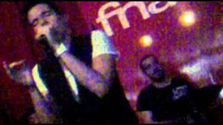 Pedro Madeira - Tempo Para Viver (live @ Fnac Algarve Shopping - 19-02-2012)