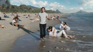 AT&T Unlimited Ad Featuring Mark Wahlberg