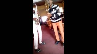 Oba To dari Afefe Dr Uche Sax and Daniel Jazz