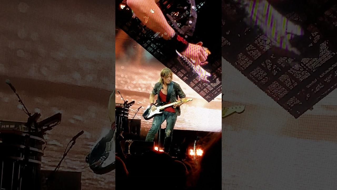 Vivid Seats Keith Urban Tour 2018 Tickets In Bristow Va