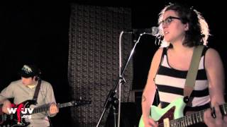 "Sallie Ford & The Sound Outside - ""Addicted"" (Live at WFUV)"