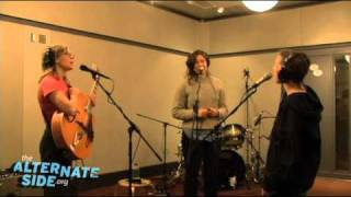 """Mountain Man - """"How'm I Doin'"""" (Live at WFUV)"""